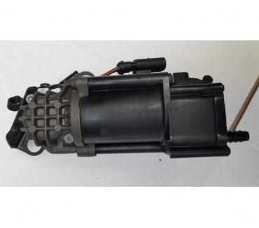 Photos Vivastreet Mercedes C Airmatic Compresseur suspension A2053200104 W205