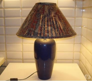 Photos Vivastreet Lampe constituée d'un vase décor bleu en faïence