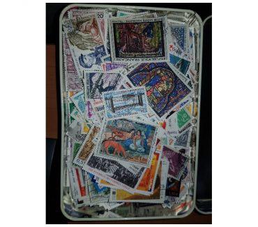 Photos Vivastreet Lot d'environ 3600 timbres français oblitérés