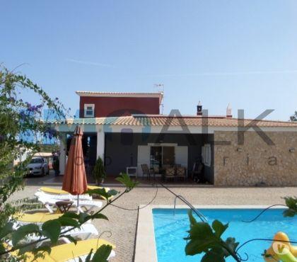 Photos Vivastreet F5 meublée avec piscine et jardin à 6kms de Olhão V-517
