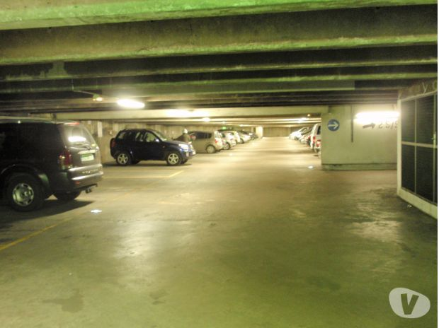 Parkings - Garages Paris Paris 13ème ardt - 75013 - Photos Vivastreet Place de Parking ,Paris 75013 ,proche Porte d'Italie