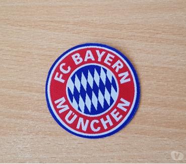 Photos Vivastreet ecusson en tissu Fc Bayern munchen 6,5 cm thermocollant