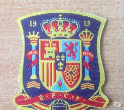Photos Vivastreet Écussson équipe nationale d' espagne 7,5x6,5 cm rfcf