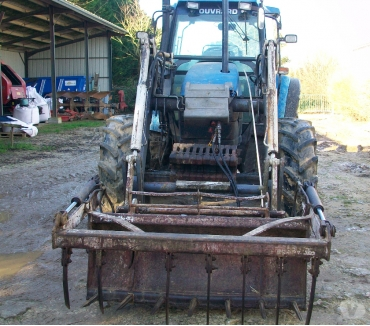 Photos Vivastreet Tracteur New Holland TS 110