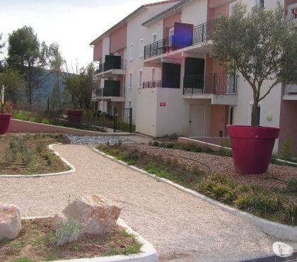 Photos Vivastreet appartement T2 de 44m2, classé 3***, piscine, wi fi, parking