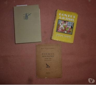 Photos Vivastreet 3 livres d'histoires ou de contes anciens pour enfants