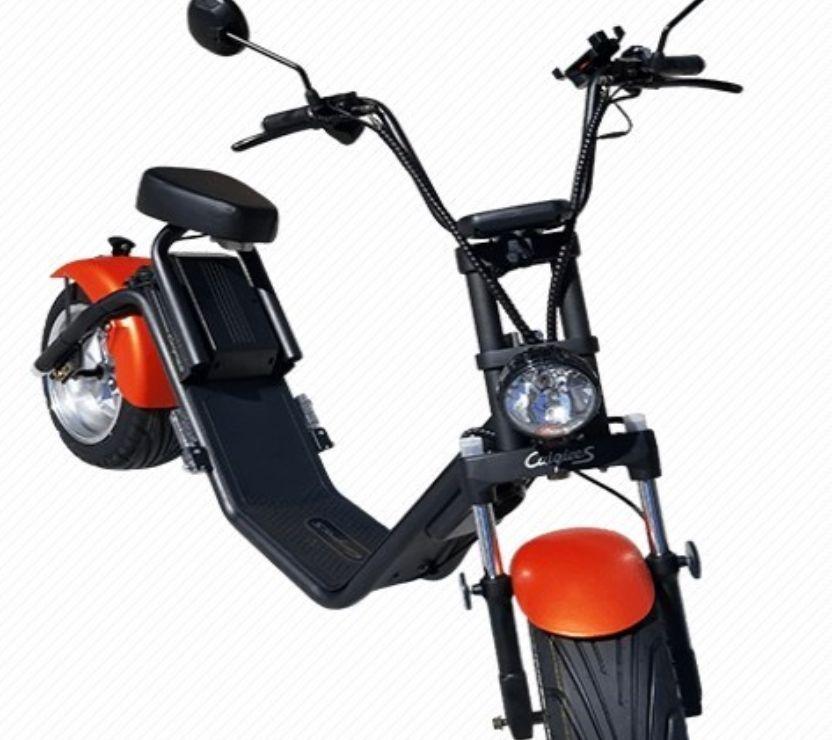 Photos Vivastreet scooter trottinette électrique 1200w batterie Lithium EWS