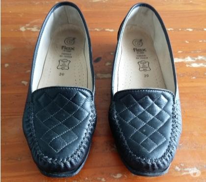 Photos Vivastreet Chaussures femme marque FLEX
