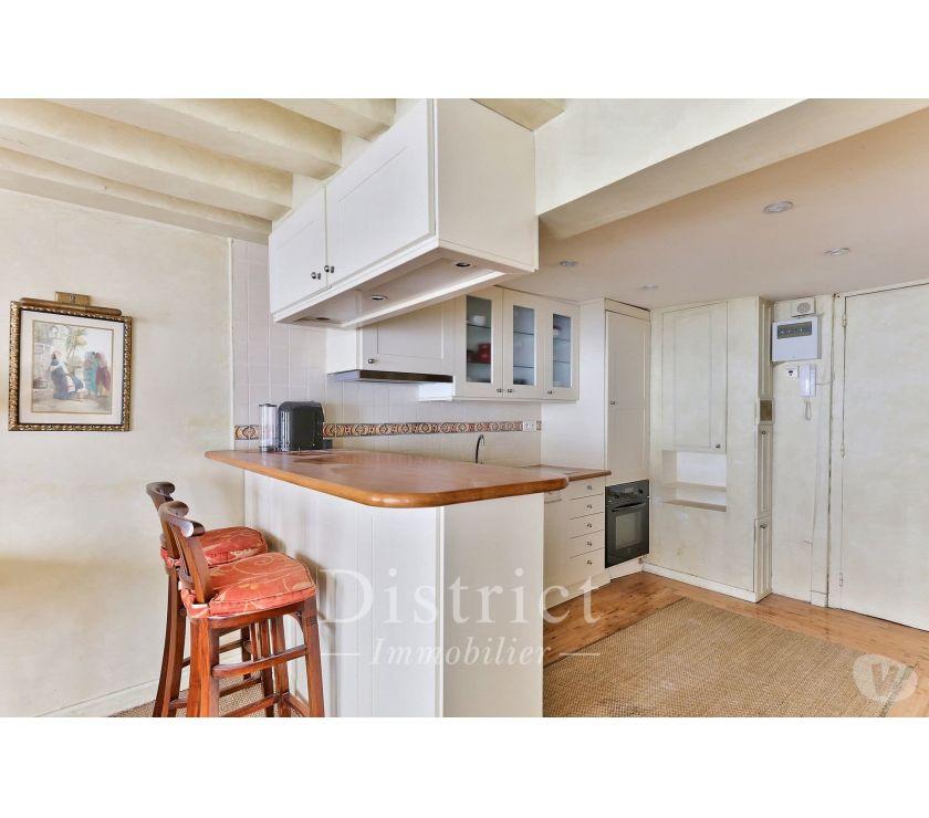 Location appartement Paris Paris 4ème ardt - 75004 - Photos Vivastreet le Saint Louis- Grand studio meublé de 40.68m²