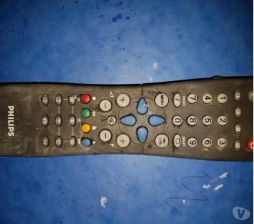 Photos Vivastreet Télécommande Philips RC 254101