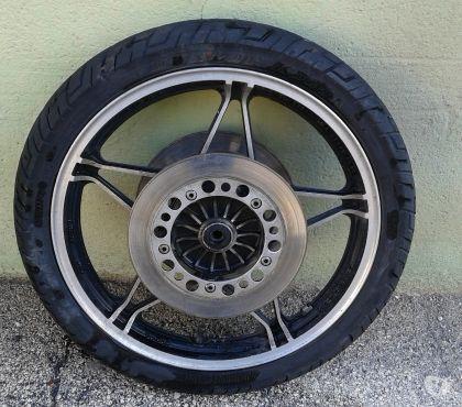 Photos Vivastreet jante avt aluminium complètes Honda Silverwing 650 GL .