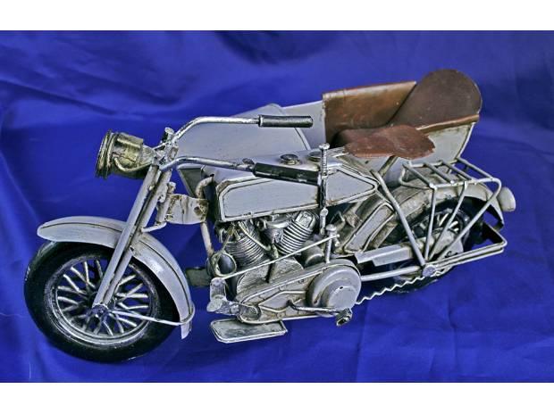 Photos Vivastreet Side-Car Harley Davidson 1917 ( modèle réduit rare )