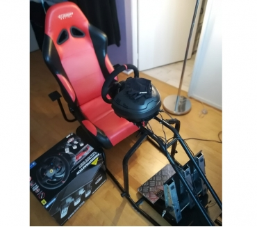 Photos Vivastreet Volant Thrustmaster T300 Alcantara edition PS4PCPS3+ pedal