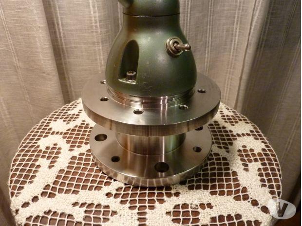 lampe jielde authentique jean louis domecq tours 37000 d coration art vivastreet. Black Bedroom Furniture Sets. Home Design Ideas