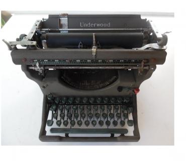 Photos Vivastreet Machine à écrire UNDERWOOD N° de série 3650376 - I2 azerty