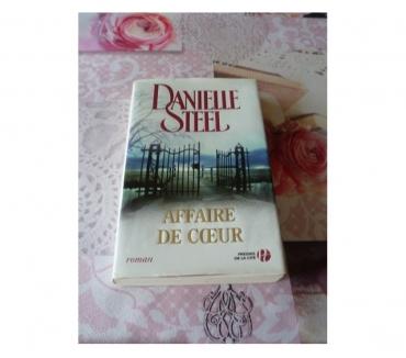 Photos Vivastreet Livre Danielle Steel Affaire de coeur loisir lecture maison