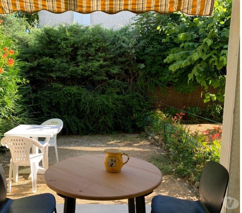 location saisonniere Alpes-de-Haute-Provence Greoux les Bains - 04800 - Photos Vivastreet coquet et refait a neuf studio avec jardin cure ou vacance