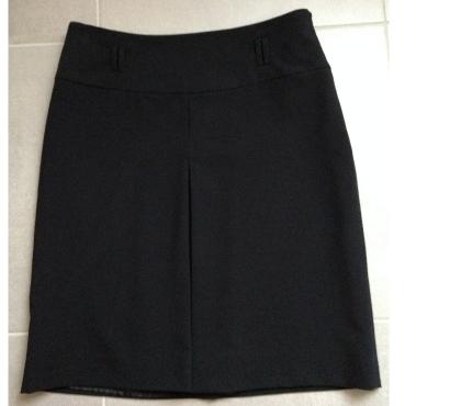 Photos Vivastreet Camaieu Très jolie jupe couleur noire Taille 38