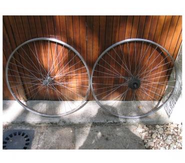 Photos Vivastreet Paire roues vélos adulte