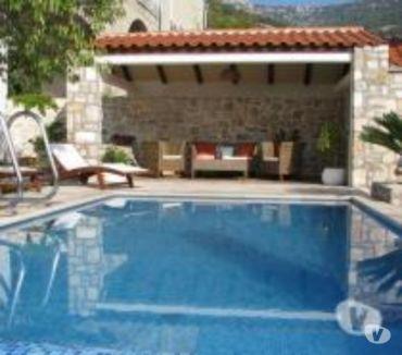 Photos Vivastreet Brac, Bol, maison avec piscine, 5pers, 150m de la mer
