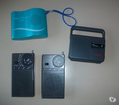 Photos Vivastreet Petites Radios à Piles à 0,50 € et 1 € - Neuves