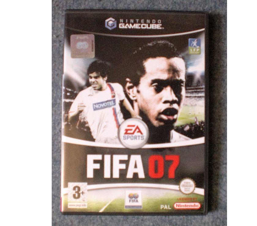 """Jeux vidéo - consoles Yvelines Chaufour les Bonnieres - 78270 - Photos Vivastreet Jeu de GAMECUBE """"FIFA 07"""""""