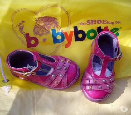 Photos Vivastreet Chaussure pour Fille