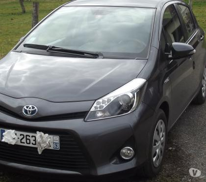 Photos Vivastreet Toyota Yaris Hybride FRANCE surequipee LUXE pack conf