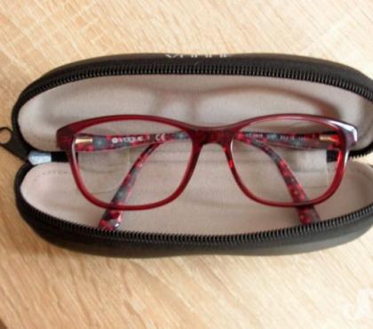 Photos Vivastreet Monture de lunettes
