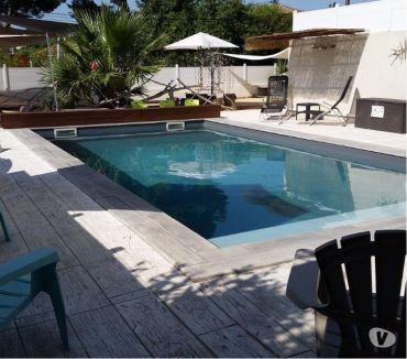 Photos Vivastreet Location Rez de Jardin climatise, terasse, Piscine Chauffee
