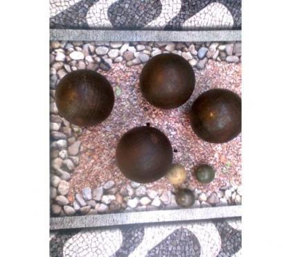 Photos Vivastreet jeu de boules ancien + sacoche - zoe