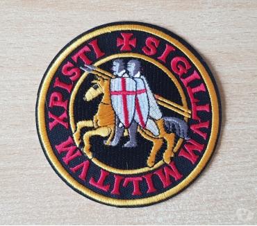 Photos Vivastreet Ecusson brodé emblème des templiers diam 10 cm