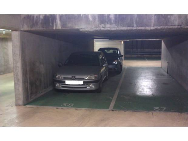 Parking couvert de 11m2 thiais thiais 94320 vente for Garage de thiais