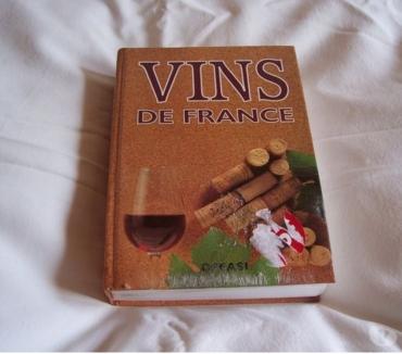 Photos Vivastreet LIVRE DES VINS DE FRANCE