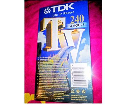Photos Vivastreet CASSETTE VHS NEUVE TDK 240