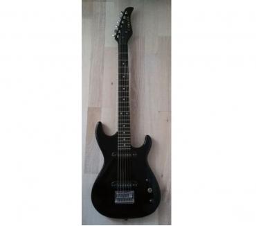 Photos Vivastreet Guitare électrique de marque Carson