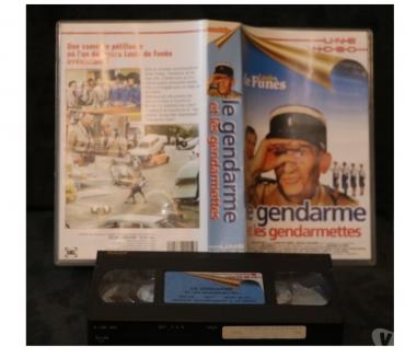 Photos Vivastreet K7 VHS secam film LE GENDARME ET LES GENDARMETTES 84 mn