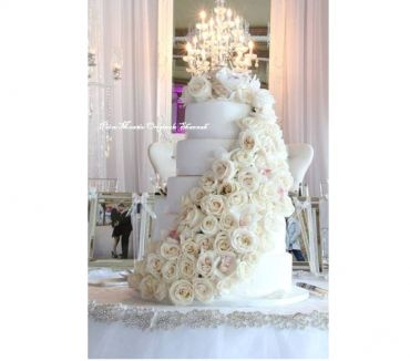 Photos Vivastreet GATEAU DE MARIAGE WEDDING CAKE