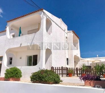 Photos Vivastreet Prix: 145000€-Algarve Carvoeiro à vendre rénové appartement...