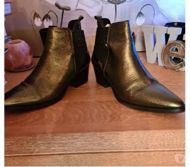 Photos Vivastreet Très belles bottines cuir. Texto.P39. Couleur vert Bronze