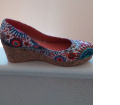 Photos Vivastreet chaussures desigual originales