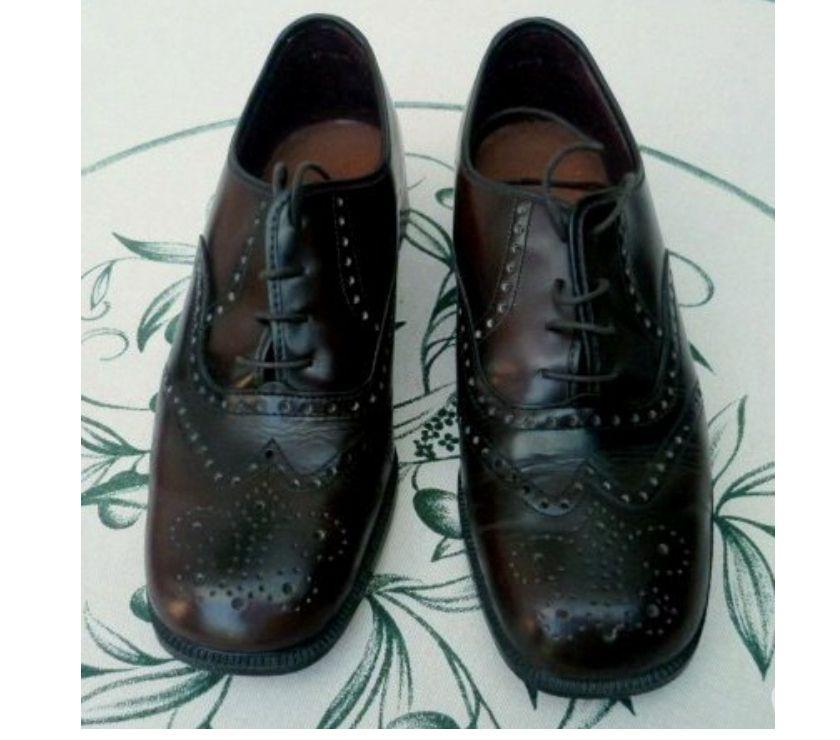 Photos Vivastreet Chaussures cuir marron