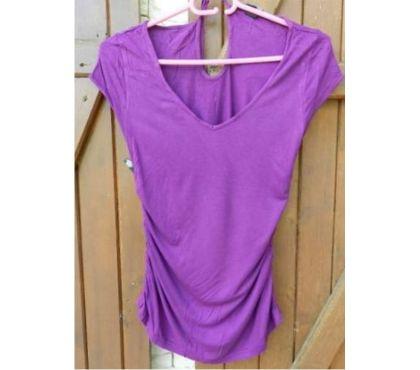Photos Vivastreet Débardeur violet long: 56 cm. Elastiqué sur le côté.