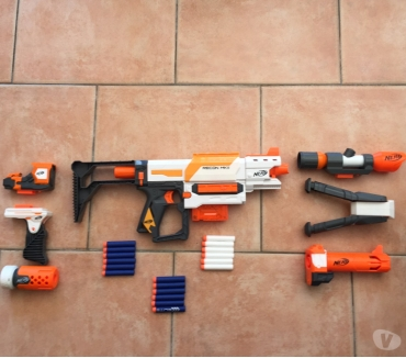 Photos Vivastreet Set de 8 kits complets NERF