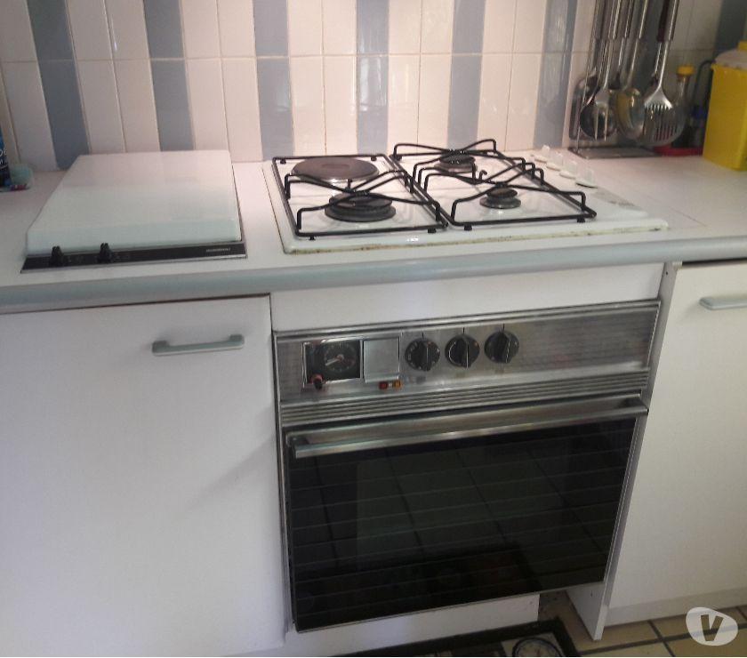 Photos Vivastreet ensemble four + plaque de cuisson + grill pierre à lave