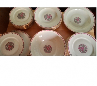 Photos Vivastreet Service de table en porcelaine de Limoges