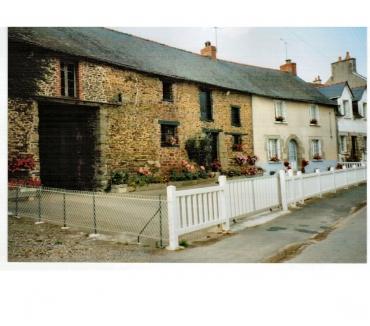 Photos Vivastreet Jolie maison en pierres de 107 m², proche des commodités