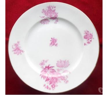 Photos Vivastreet 6 Plats divers en porcelaine de Limoges blancs décors fleurs