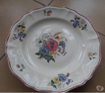 Photos Vivastreet assiettes plates