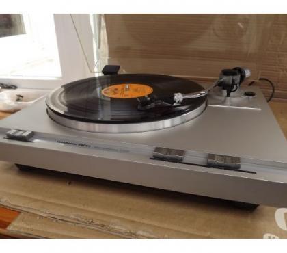 Photos Vivastreet PARFAIT état de fonctionnement pour cette PLATINE vinyle !!!